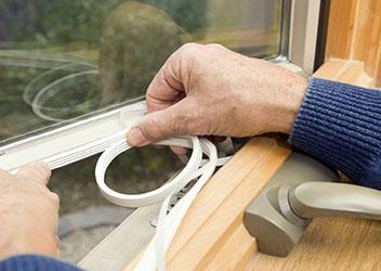 внутреннее утепление деревянного окна
